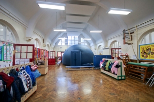 Planetarium at Earlswood Primary