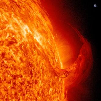 SDO prominence 04.11.2011